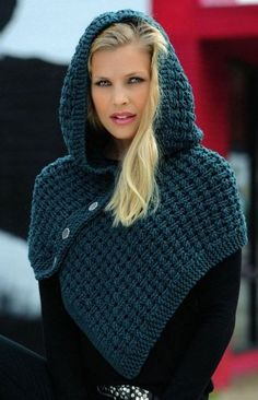 Newest Totally Free Crochet poncho with hood Concepts Strickanleitung Schulterwärmer mit Kapuze Linie 55 Montego Linie 344 Starlight 3727 Crochet Hooded Scarf, Crochet Shawl, Crochet Stitches, Outlander Knitting Patterns, Loom Knitting, Fall Knitting, Mode Crochet, Diy Crochet, Crochet Blanket Patterns