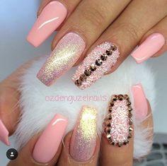 """59 Likes, 4 Comments - Shabana Bhatti (@beautybyshabana) on Instagram: """"😍😍😍😍 #beautybyshabana 👑  #nail  #nails #blingyournails  #nailart #nailartvidss #nailartclips…"""""""