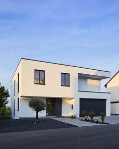 EFH in Bornheim: moderne Häuser von Philip Kistner Fotografie