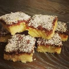 Farmors goda Kärleksmums Sweet Recipes, Healthy Recipes, Cake Bites, Fika, Baking Tips, I Love Food, Cheesecakes, Food Inspiration, Deserts