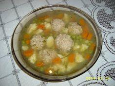 Húsgombóc leves Croatian Recipes, Hungarian Recipes, Hungarian Food, Soups And Stews, Cheeseburger Chowder, Serbian, Foods, Food Food, Food Items