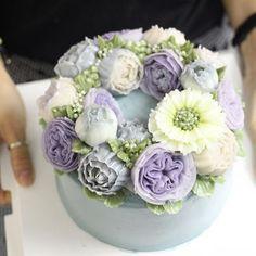 - Made by Fiona ✌️ -HONGKONG class. #flowercake #flowercakeclass #mydearcake…