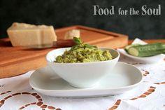 Dip di zucchine, parmigiano reggiano e menta - Zucchini, parmesan & mint dip
