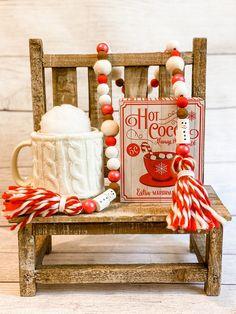 Christmas Candy, Christmas Decorations, Classy Christmas, Xmas, Christmas Kitchen, Diy Christmas, Merry Christmas, Wood Bead Garland, Beaded Garland