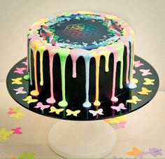 Coldplay Magic, Music Cakes, Let Them Eat Cake, Cool Bands, Diy And Crafts, Birthdays, Food And Drink, Birthday Cakes, Birthday Ideas