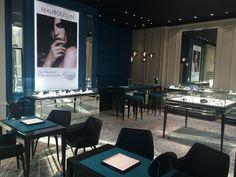 Jewelry Mauboussin Paris / Armchair Iki PW / deisgn Christophe Pillet / www.frag.it