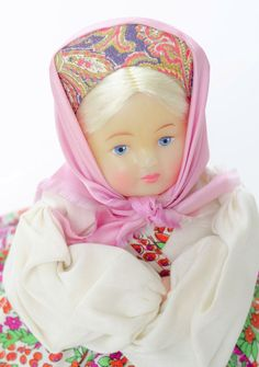 VINTAGE RUSSIAN USSR SAMOVAR DOLL GIRL TEA WARMER TEA COZY BLONDE HAIR