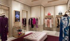 Emilio Pucci Opens Its First Boutique In India Decoration Design, Display Design, Store Design, Shop House Plans, Shop Plans, Design Boutique, Boutique Decor, Boutique Ideas, Vintage Store