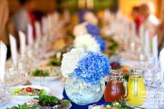 Цветы на столах