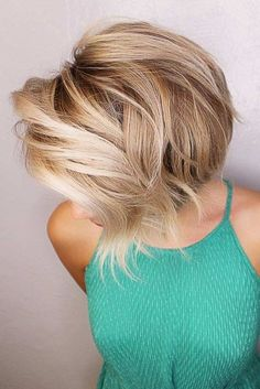 Choppy and Wavy Lob - 60 Inspiring Long Bob Hairstyles and Long Bob Haircuts for 2019 - The Trending Hairstyle Cute Bob Haircuts, Cute Hairstyles For Short Hair, Short Hair Cuts, Short Hair Styles, Stacked Bob Haircuts, Amazing Hairstyles, Hairstyles Haircuts, Stacked Hairstyles, Stacked Bobs