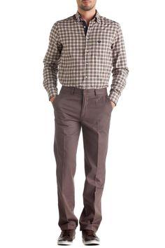 Boru paçası ve basic görünümü ile DeFacto Chino pantolon ile kolayca şıklığı yakalayın. Gömleklerinizle veya basic bodylerinizle kombinleyerek kullanabilirsiniz.