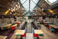 Bar Restaurant LE DOCK à Saint-Malo - Architecture intérieure par l'agence LABEL ETUDES Bar Restaurant, Basketball Court, Architecture, Barn, Arquitetura, Architecture Design