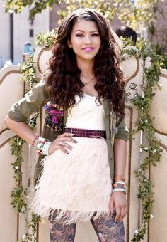 Zendaya always has the cutest clothes I could live in her closet letalong her house