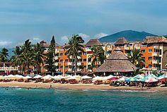 Hotel Marina Puerto Dorado, Manzanillo, Colima, México.  En una de las playas más seguras de la bahía