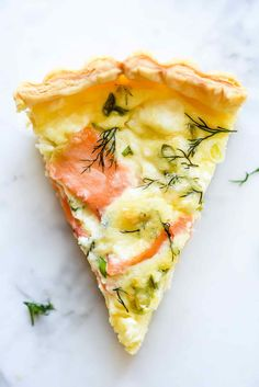 This quick and simple smoked salmon quiche recipe comes together quick thanks to a puff pastry crust with creamy egg custard, crème fraîche or goat cheese. Smoked Salmon Quiche, Salmon Pie, Smoked Salmon Breakfast, Dill Salmon, Smoked Salmon Recipes, Fish Recipes, Smoked Salmon And Eggs, Quick Quiche, Goat Cheese Quiche