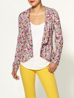 This floral print blazer can replace your basic black for spring. #fashion