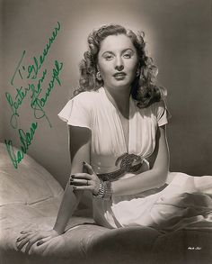 Film lovers are sick people Hollywood Rock, Old Hollywood Movies, Hollywood Star, Classic Hollywood, Classic Actresses, Actors & Actresses, Barbara Stanwyck, Classic Movie Stars, Famous Singers