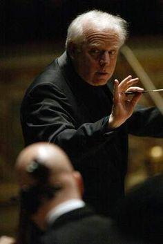 Leonard Slatkin, Detroit Symphony Orchestra conductor.