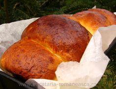 Cozonac de casa Appetizer Recipes, Dessert Recipes, Appetizers, Desserts, Cinnabon, Romanian Food, Sweet Cakes, Recipies, Meals