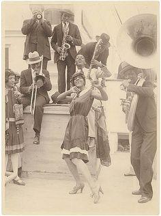 Harlem Renaissance, Roaring Twenties, The Twenties, Louis Armstrong, Jazz Blues, Blues Music, Jazz Music, African American History, Black Power