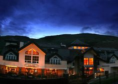 Situated slope-side at Vail Ski Resort, Larkspur Restaurant celebrates American classic culinary delights with modern flair. A warm and welcoming ambiance coupled with fantastic fare make it one of the premier dining favorites in the Vail Valley.