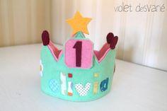 Corona cumpleaños personalizada con números por VioletDesvarie