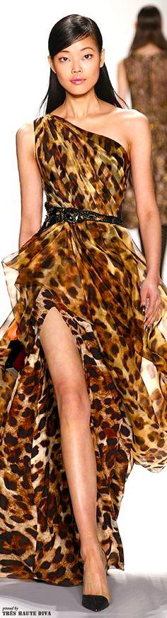 Best Gowns of Fall 2014 Fashion Week International Animal Print Outfits, Animal Print Fashion, Fashion Prints, Fashion Design, Animal Prints, Daily Fashion, Fashion Mode, Runway Fashion, London Fashion
