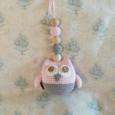 virrkpannan.blogg.se - Virkad uggla/barnvagnsmobil Knit Crochet, Crochet Hats, Crochet Necklace, Crochet Patterns, Knitting, Sewing, Blogg, Owls, Inspiration