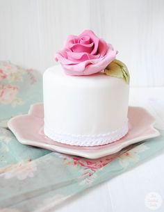 Pink Rose Mini Cake