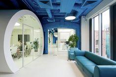 Oficinas OPTIMEDIA Media Agency / Nefa Architects