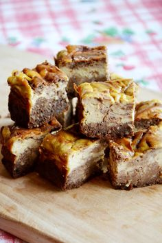 Filled with good fats from almond meal, eggs and peanut butter these cheesecake swirl brownies are perfect to keep you satisfied and are perfect for those who are on low-carb diet.