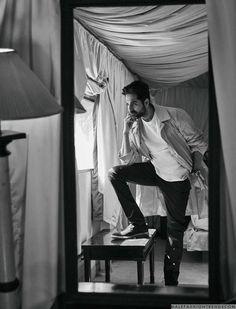 Male Fashion Trends: Ayushmann Khurrana para Filmfare Magazine por Rohan Shrestha