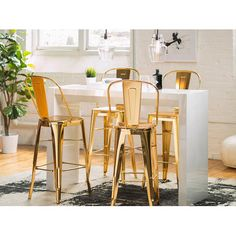 Elodie Barstool in Gold