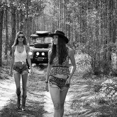 "defendergirls: ""@defendergirls #landrover #landroverdefender #love #girl #girls #defender #summerlove #defenderlove #adventurethatislife #adventures #temptation #woman #look #pretty #beautiful..."