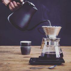 #v60 #hario #brewing #barista #rosetta_kh #alternative #coffee http://ift.tt/20b7VYo