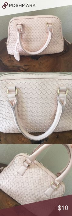Blush Pink Satchel Purse Beautiful Blush Pink Satchel purse, has a pen mark on handles and shows some wear.  Still in Good Condition and super cute!! Not big medium small size great for people who want a purse that isn't BIG but can still fit quite a lot. Forever 21 Bags Mini Bags