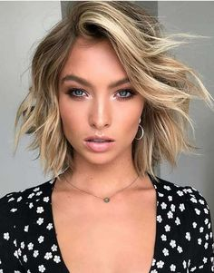 Browse here the stunning ideas of balayage blonde hair colors and hairstyles trends for short hair 2018. Best trends of hair colors for you if you are searching for modern styles hair colors. Use these blonde balayage hair colors to make your short hair looks more attractive and elegant in these days.