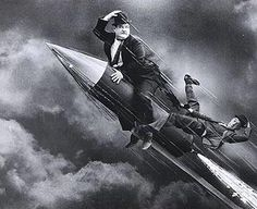 En Cohete - Stan Laurel & Olivier Hardy / El Gordo y el Flaco