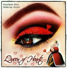 Disney Villains Queen of Hearts eye make up Disney Villains Makeup, Disney Eye Makeup, Disney Inspired Makeup, Eye Makeup Art, Beauty Makeup, Makeup Eyeshadow, Maquillage Halloween, Halloween Makeup, Halloween Queen
