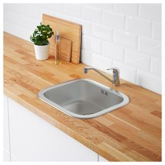 FYNDIG Inset sink, 1 bowl IKEA Sink in stainless steel, a hygienic, strong and durable material that's easy to keep clean. Ikea Farmhouse Sink, Stainless Steel Farmhouse Sink, Stainless Steel Sinks, Fitted Cabinets, Base Cabinets, Dish Washing Brush, Steel Seal, Inset Sink, Double Bowl Sink