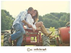 Loving the farm theme for an engagement shoot!  #photography