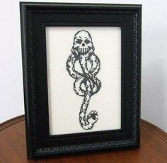 deatheater-cross-stitch.jpg (460×450)