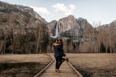 Destination engagement in Yosemite National Park. Winter engagement photos, winter engagement outfits. Yosemite wedding photographer Paige Nelson.