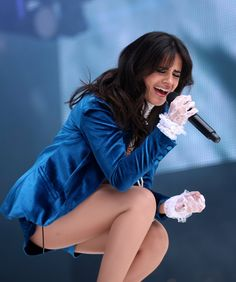 Camila Cabello commands the stage at Capital FM Summertime Ball Camilla, Hollywood Celebrities, Girl Celebrities, Gal Gadot, Beauty Queens, Woman Crush, Beautiful Celebrities, Sexy Legs, Korean Girl