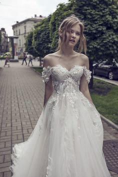 Im Crying So Much This Is My Dream Dress Itll Be Expensive Though