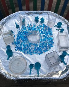Yesterdays tuff tray, Arctic coloured water beads, containers and spoons. Yesterdays tuff tray, Arctic coloured water beads, containers and spoons. Eyfs Activities, Nursery Activities, Quiet Time Activities, Winter Activities, Sand And Water, Water Play, Water Tray Ideas Eyfs, Tuff Tray Ideas Toddlers, Sand Tray