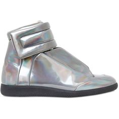Maison Margiela Men Future Iridescent High Top Sneakers ($775) ❤ liked on Polyvore featuring men's fashion, men's shoes, men's sneakers, silver, mens high top sneakers, mens high top velcro shoes, mens velcro sneakers, mens velcro strap sneakers and mens velcro shoes