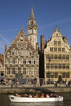 Rondvaart in Gent.  BELGIUM