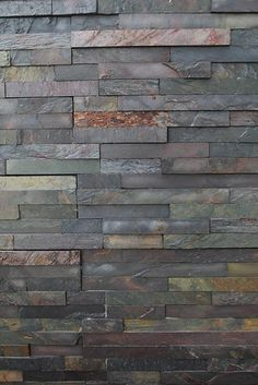 Multi Slate Wall Cladding contains a vivid blend of red, blue, green, purple and grey shades. Stone Cladding Exterior, Exterior Tiles, House Cladding, Wall Exterior, Exterior Paint Colors For House, Paint Colors For Home, House Paint Color Combination, House Painting, Color Combinations