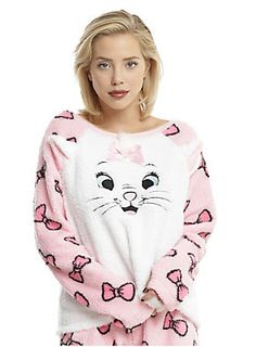Cats are where it's at!  // Disney The Aristocats Marie Girls Sleep Set